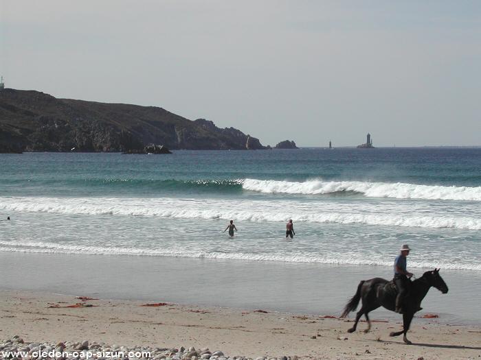 plage_de_la_baie_des_trepasses_cheval